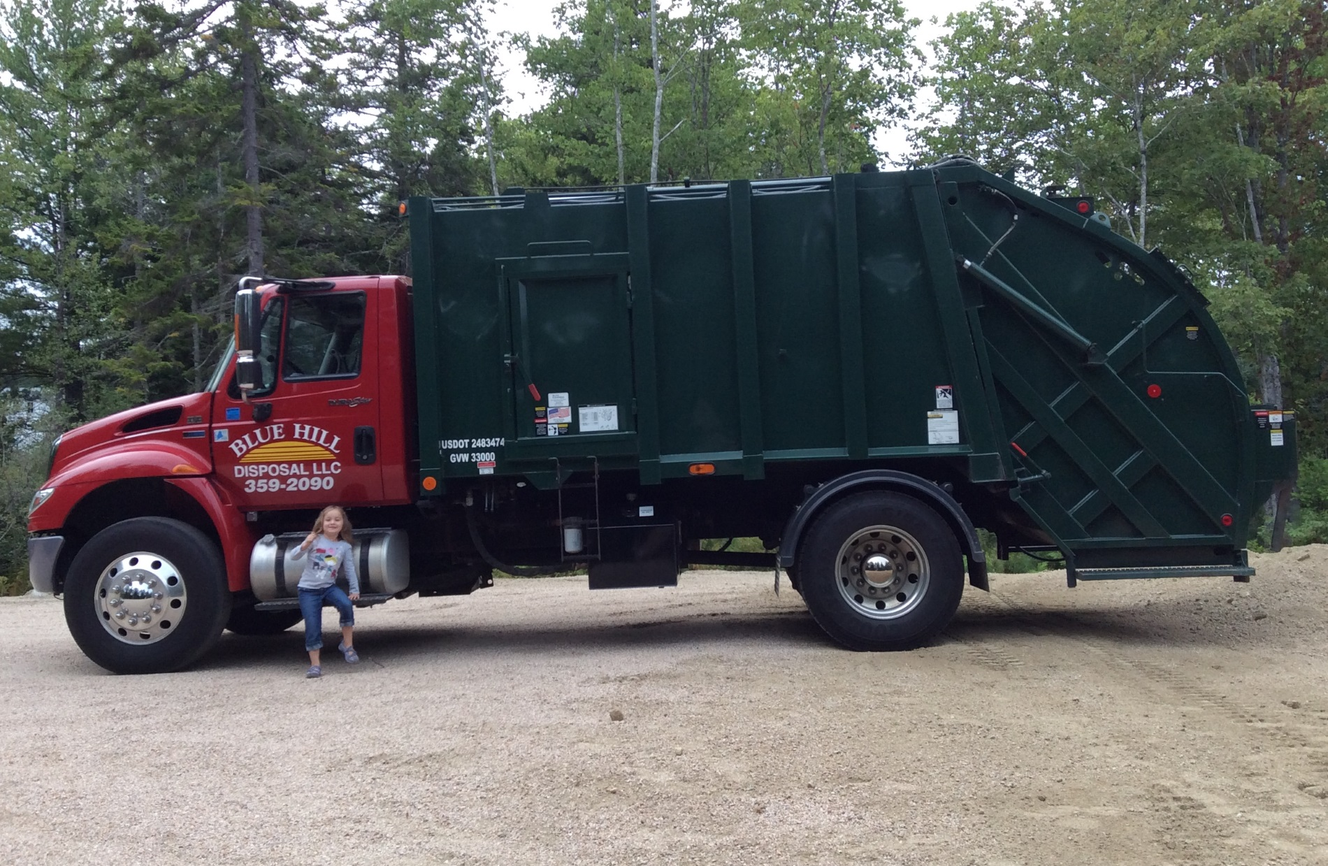 Garbage disposal service serving Blue Hill Maine